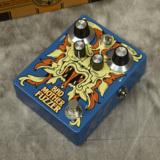 DR.NO / FUZZ pedal
