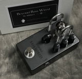 Beyond / Beyond Tube PreAmp Bass Wired 商品画像