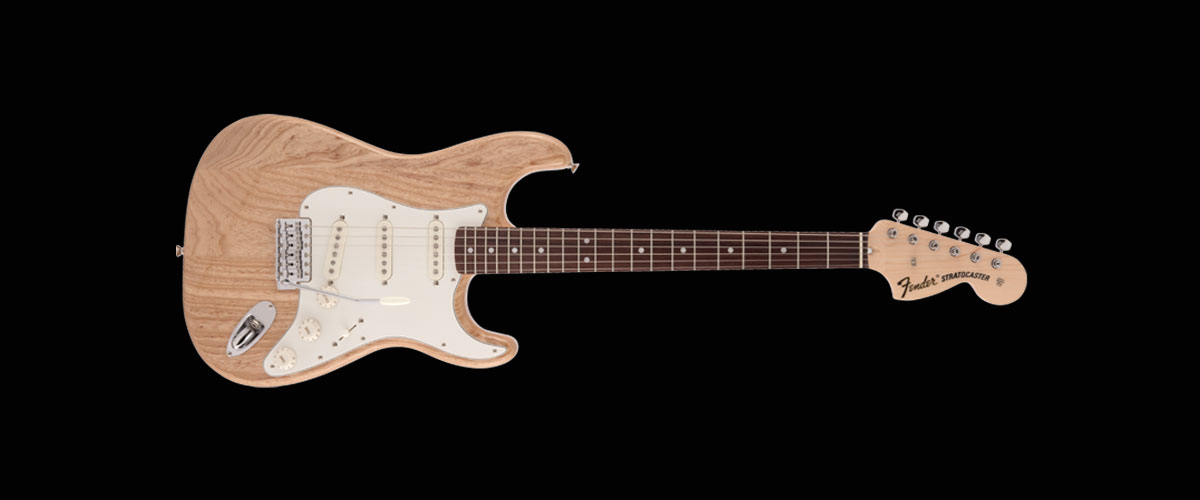 MADE IN JAPAN HERITAGE 70s STRATOCASTER   Maple Fingerboard Natural
